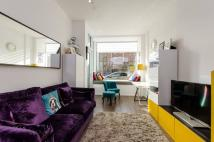 1 bed Flat for sale in Spectrum Way, Wandsworth...