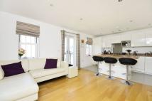 Flat to rent in Bader Way, Roehampton...
