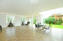 5 bed home for sale in Highdown Road, Putney...