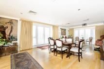 3 bed Flat for sale in Brewhouse Lane, Putney...