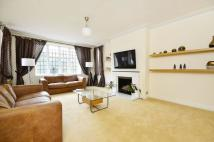 Flat for sale in Wildcroft Road...