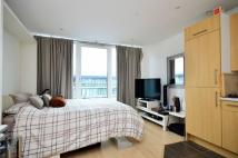 Studio flat in Chelsea Bridge Wharf...