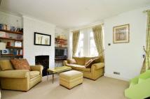 Flat to rent in Ingelow Road...