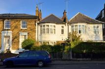 4 bed house in Stockwell Park Road...