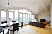 4 bedroom Flat in Prices Court, Battersea...