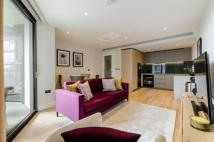 Flat to rent in Nine Elms Lane...