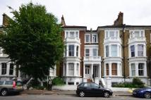 Flat for sale in Gauden Road...