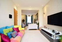 5 bed house to rent in Lillieshall Road...