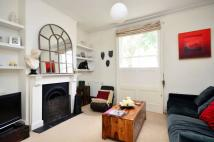 3 bedroom house to rent in Broadhinton Road...