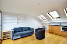 2 bed Flat in Brook Drive, Kennington...
