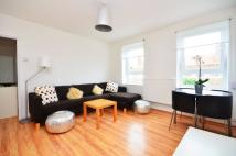 3 bed Flat to rent in Richborne Terrace...