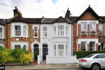 5 bedroom house in Thirsk Road...