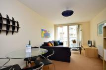 1 bed Flat to rent in Battersea Park Road...