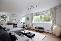 Flat to rent in Parkgate Road...
