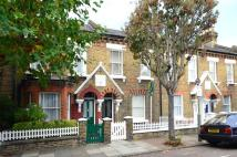 2 bed property to rent in Elsley Road...