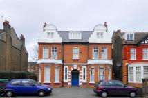 2 bed Flat in Madeley Road...