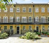5 bedroom house to rent in Queensgate Terrace...