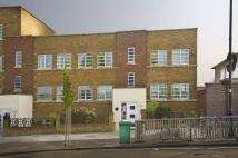 2 bed Flat in Derwent Road...
