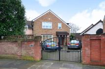 4 bedroom property for sale in Highview Road...