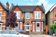 Maisonette in Madeley Road, Ealing, W5