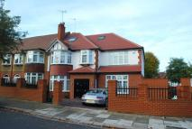 5 bed property in Mulgrave Road, Ealing, W5