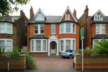 Freeland Road Flat to rent