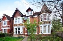 1 bed Flat to rent in Creffield Road...