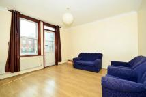 Flat in The Avenue, West Ealing...