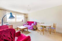 Flat to rent in Brierley Court, Hanwell...