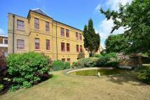 Studio flat in Osterley Views, Ealing...