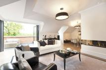 Flat for sale in Oxshott, Leatherhead...
