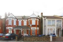Flat for sale in Brownlow Road...