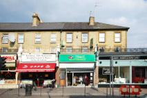4 bedroom Flat in Cricklewood Broadway...