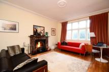 1 bedroom Flat in Ridgeway Gardens...