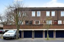Maisonette in Singleton Close...