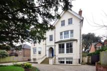 Flat for sale in Clifton Road...