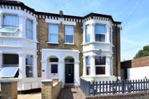 Flat in Chestnut Road, Wimbledon...