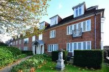 2 bed Flat to rent in Pavillion Court...