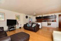 3 bed Flat in The Downs, Wimbledon...
