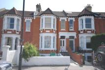 2 bedroom Flat to rent in Woodside, Wimbledon, SW19