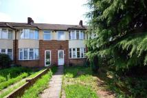 3 bed property in Bushey Road, Raynes Park...