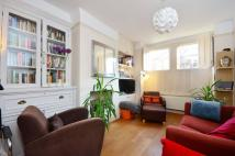 2 bedroom home to rent in Edna Road, Raynes Park...