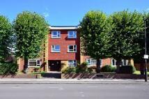 2 bedroom Flat in Princes Road, Wimbledon...