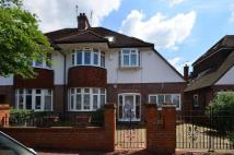 4 bed property in Holland Avenue...