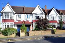 4 bedroom house in Worple Road...