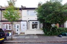 3 bedroom house to rent in Laburnum Road...