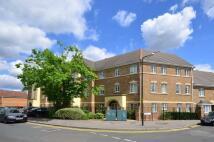 2 bedroom Flat in East Road, Wimbledon...