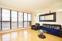 Flat in London Road, Isleworth...