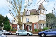 9 bedroom property in Sheen Gate Gardens...