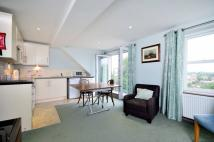 2 bedroom Flat to rent in Petersham Road...